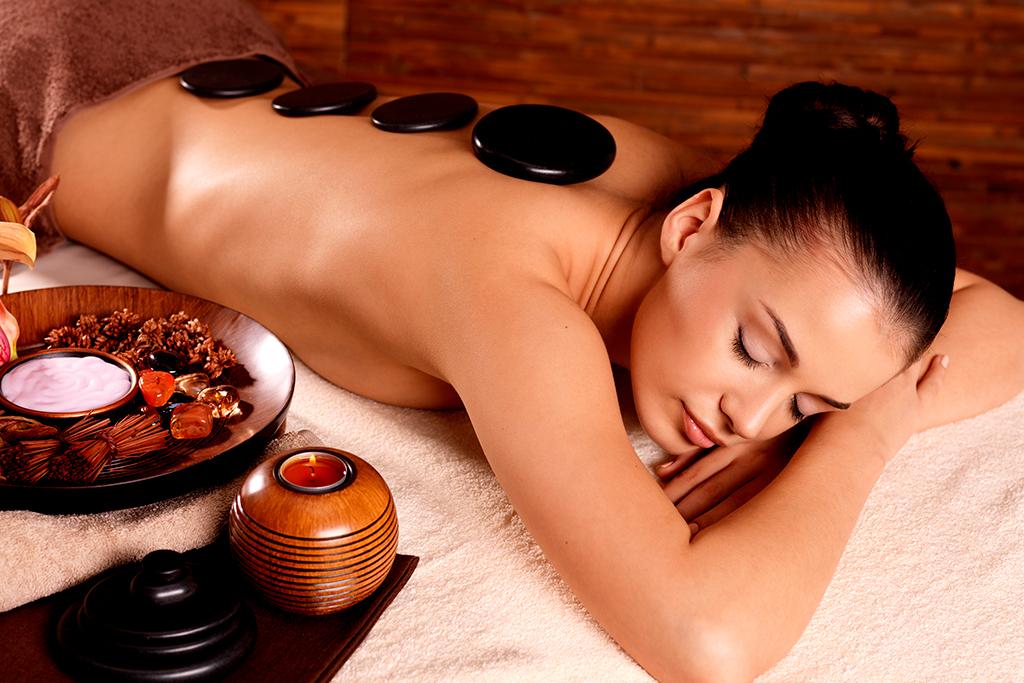mujer-piedras-spa-masajes-mandalay-carta